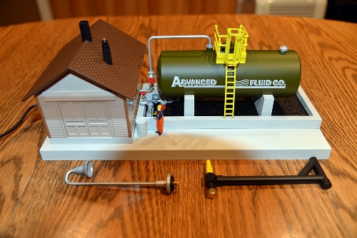 Smoke Fluid Loader 6-37821 Product Review By New Jersey Hi-Railers Club Ambassadors to Lionel