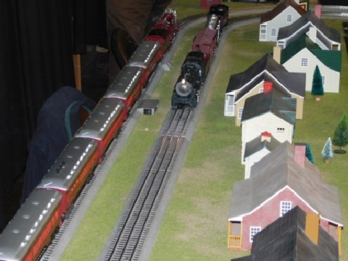 At the Winter Craft Fair the LionChief Pennsylvania Flyer Train set ran on the modular layout set up by the NLOE Lionel Club Ambassador