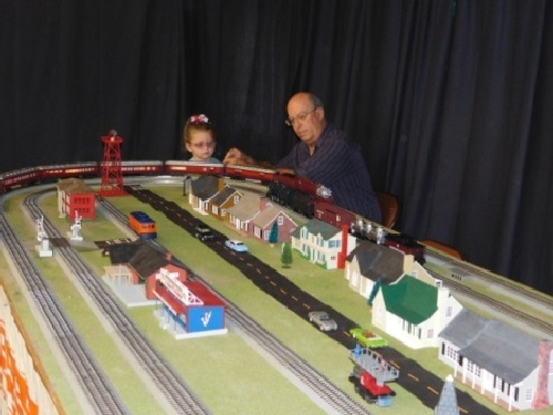 At the Winter Craft Fair the Chicago  Alton Alton Limited Train set ran on the modular layout set up by the Nassau Lionel Operating EngineersLionel Club Ambassador