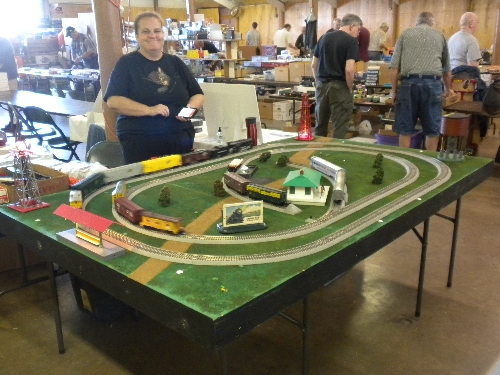 A layout was set up at the Great Midwest Train Show on September 11 2016 by the CASG Lionel Club Ambassador