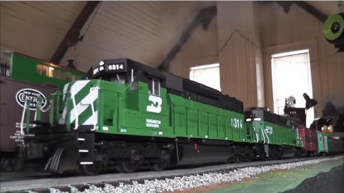 Lionel Legacy SD40-2 Video of the Burlington Northern Legacy Scale SD40 Diesel 6314 6-82276 Reviewed by Club Ambassadors to Lionel NJ Hi-Railers