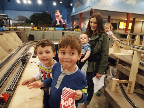 Lots of fun for the family at the Chicagoland Lionel Railroad Club Lionel Club Ambassador Open House in October 2016
