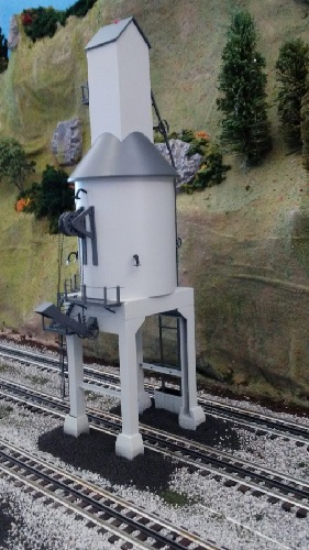 TMB Model Train Club  Lionel Club Ambassador shows the Lighted Coaling Tower 6-83490 on their layout as part of the product review