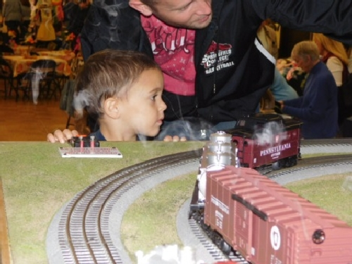 NLOE a Lionel Club Ambassador had parents and kids wanting to activate the operations of the layout at the Winter Craft Fair