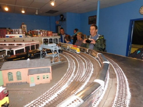 Showing the extensive layout at the Nassau Lionel Operating Engineers Lionel Club Ambassador October 2016 Open House