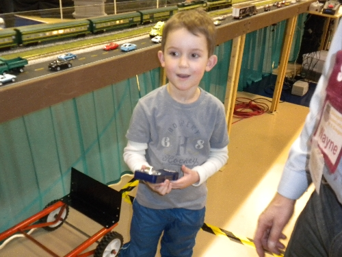 CASG Lionel Club Ambassador finds amazement when in control at High Wheeler 16 Show