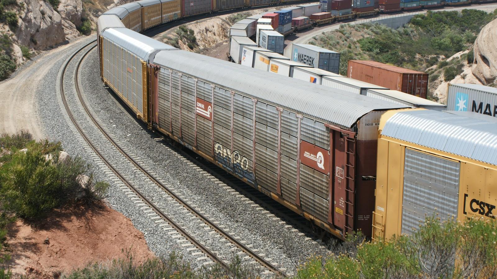 Model Train Railroad Cars At Lionel Trains
