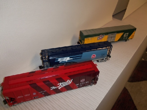 3  more O scale freight cars shown from the review of the Lionel Heritage Set of O scale freight cars By Wichita Toy Train Club in Wichita KS Club Ambassadors to Lionel