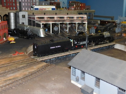 At the NLOE Lionel Club Ambassador October 2016 Open House you can see the elaborate model train layout