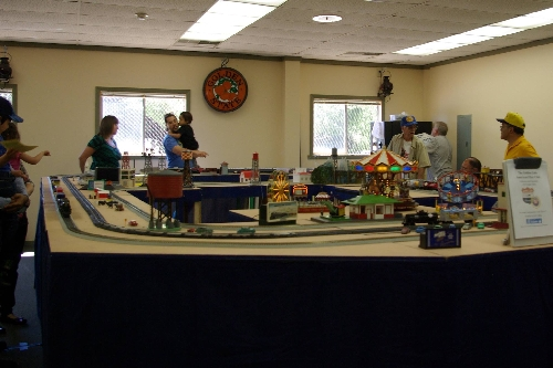 Image at the Golden State Model Railroad Museum in Richmond CA on July 23-24 and July 30-31 with fans of the modular layout set up by the GGAF Club CLUB AMBASSADORS TO LIONEL
