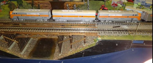 The Western Pacific F3 Locomotives with B Unit described by the Queen City Hi-Railers Lionel Club Ambassador in their product review
