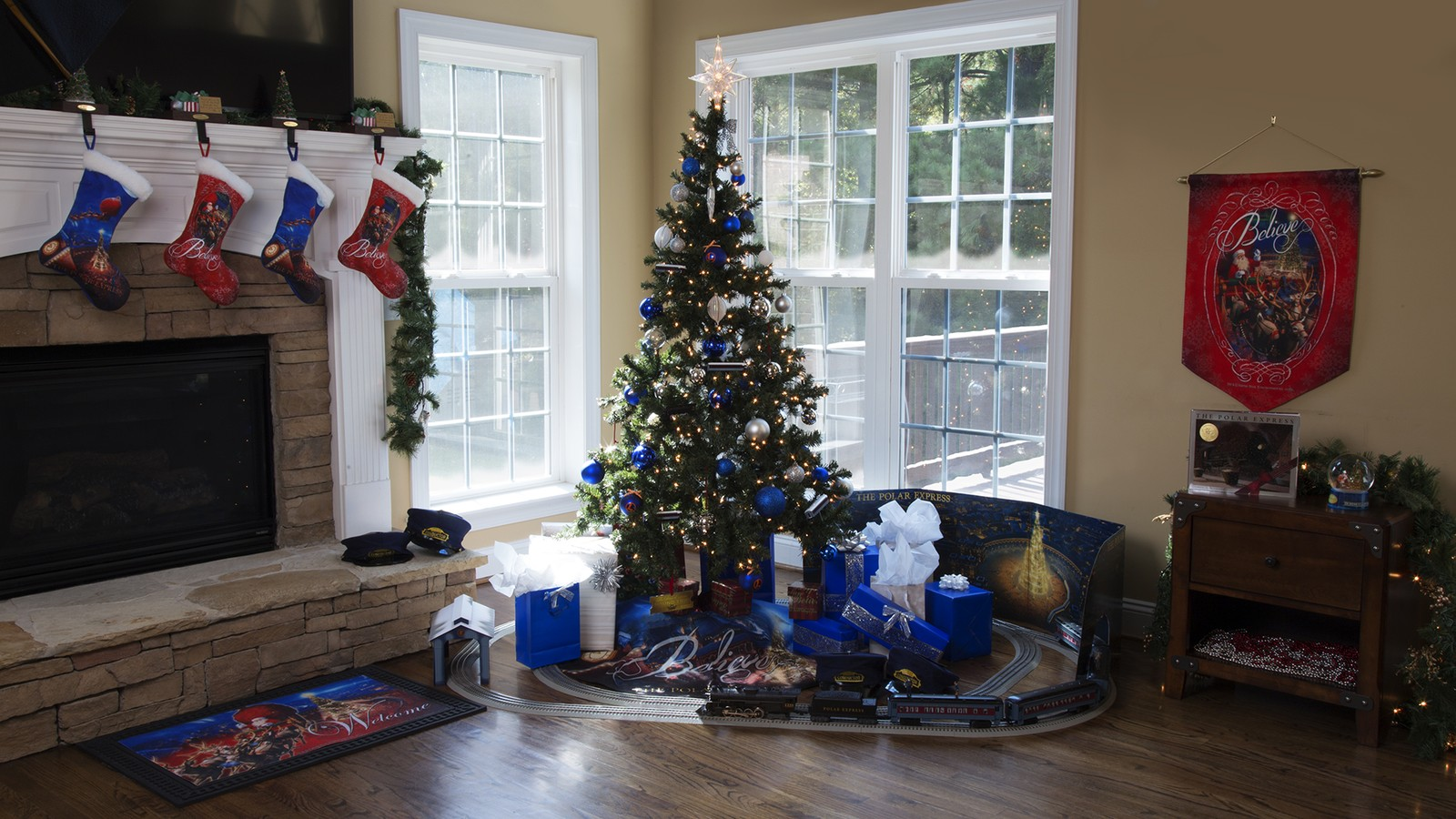 Lionel Trains Brings The Magic Of The The Polar Express To Life