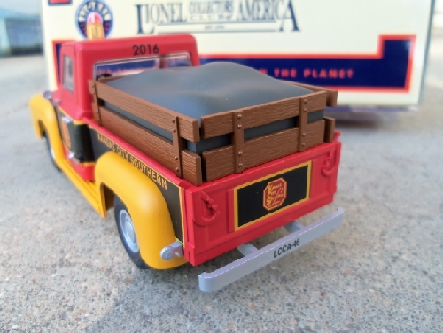 Reviewed by Lionel Club Ambassador The Wichita Toy Train Club the KCS Inspection Truck 6-58267 shows the KCS logo on the tailgate