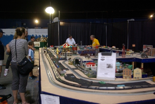 The Golden Gate American Flyer Club Lionel Club Ambassador set up their modular layout at TTOS National Convention for visitors to see the model trains run