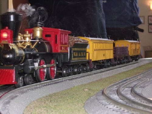 The General Locomotive is run for the kids at the at the Long Island Childrens Museum by the Nassau Lionel Operating Engineers Lionel Club Ambassador in August 2016