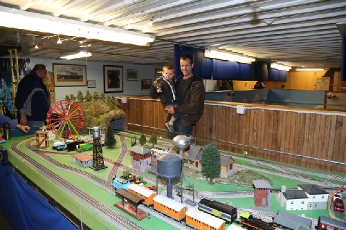 More Family Fun at Club Ambassador Chicagoland Lionel Railroad Club Open House March 2016